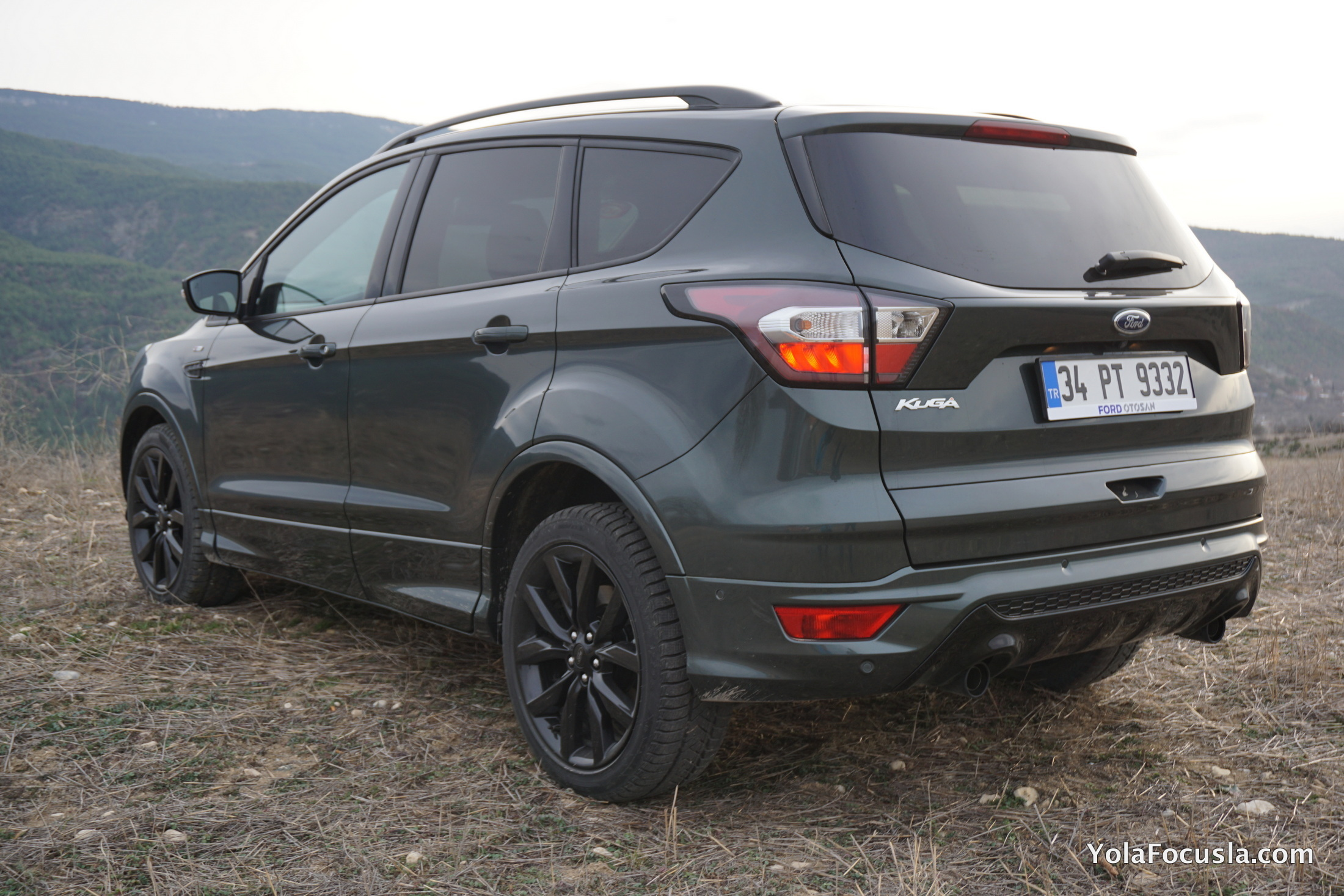 ford kuga 1 5 tdci powershift test s r 11 yola focusla. Black Bedroom Furniture Sets. Home Design Ideas