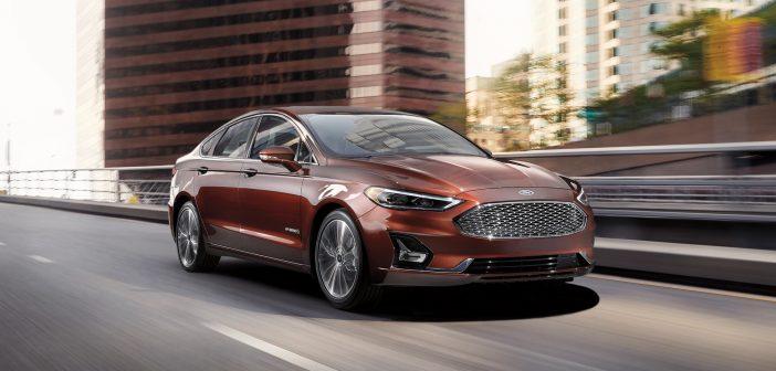 Ford, 2019'da Mondeo'nun Yeni Hibrit Modellerini Üretecek